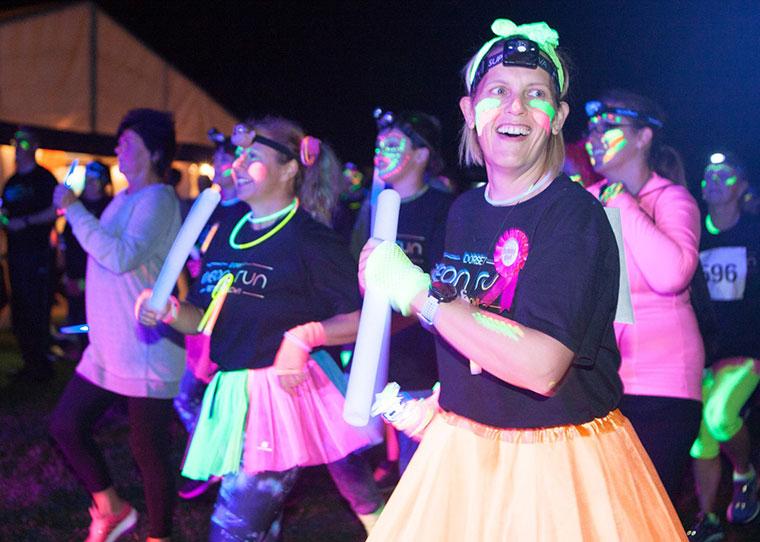 Dorset Neon run warm-up
