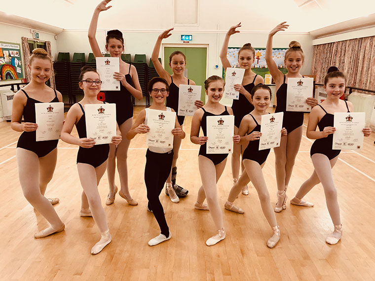 Centre Stage RAD Ballet students receive their Grade 4 Exam Results