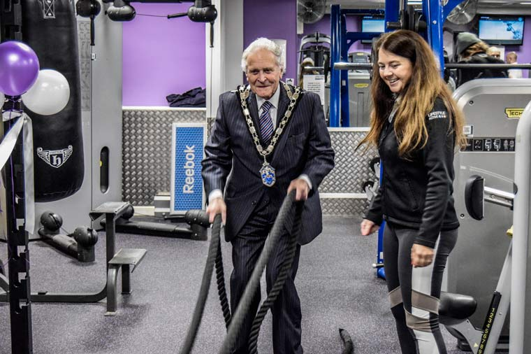 Chairman learns the ropes at QE Leisure Centre