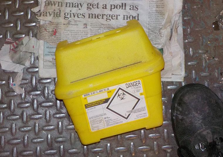 Sharps syringe box