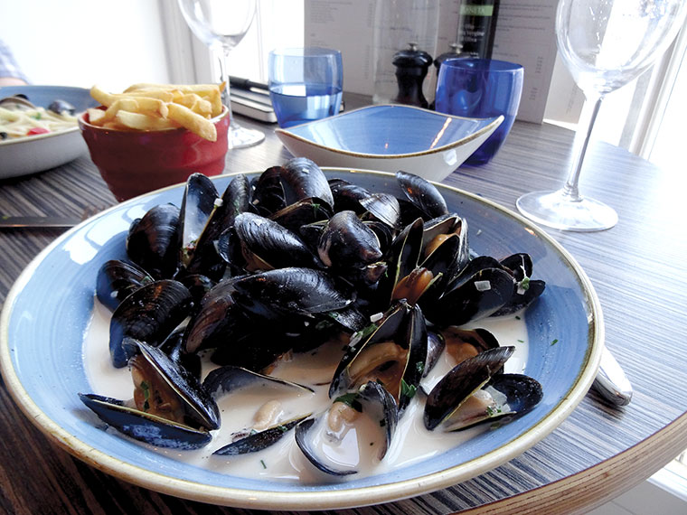 Moules frites at Upper Deck