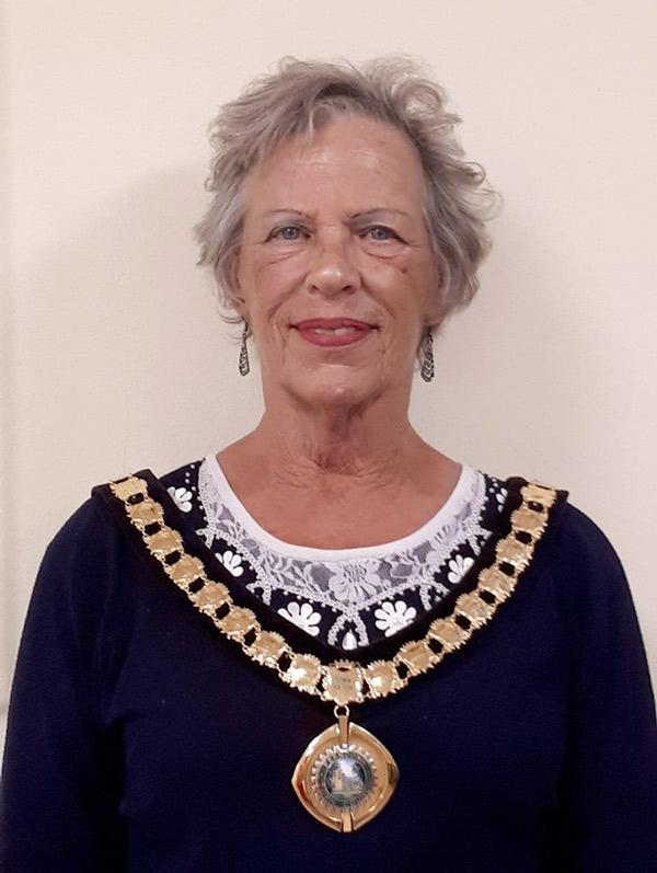 37th mayor of Ferndown elected, Cllr Mrs Jean Read