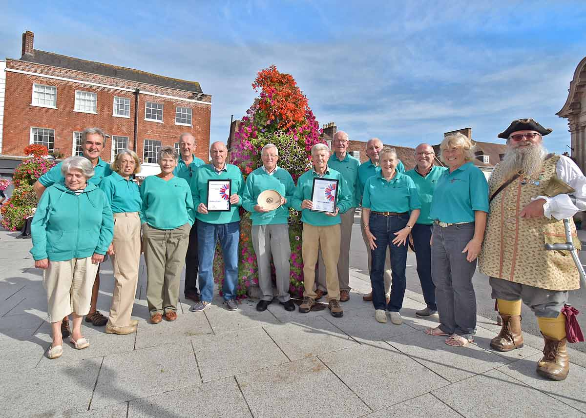 Wimborne wins gold: In Bloom competition