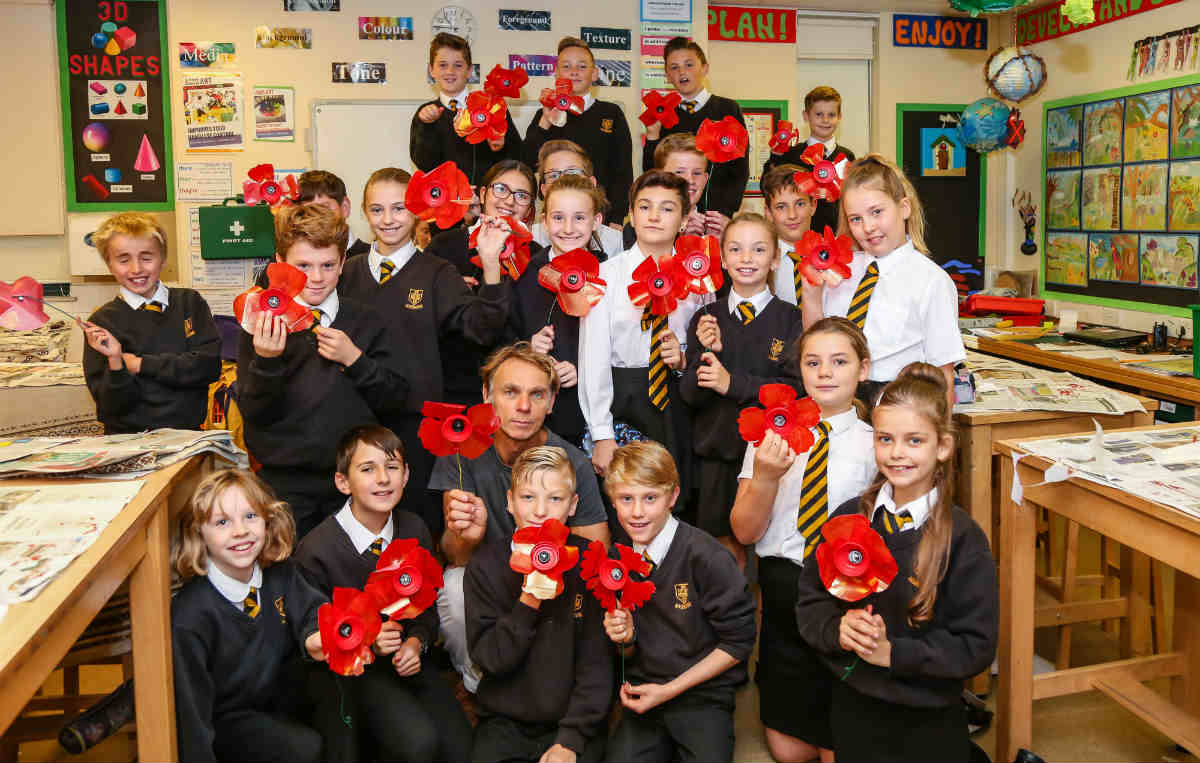 Community Poppy Project to commemorate the 100 years since the Armistice
