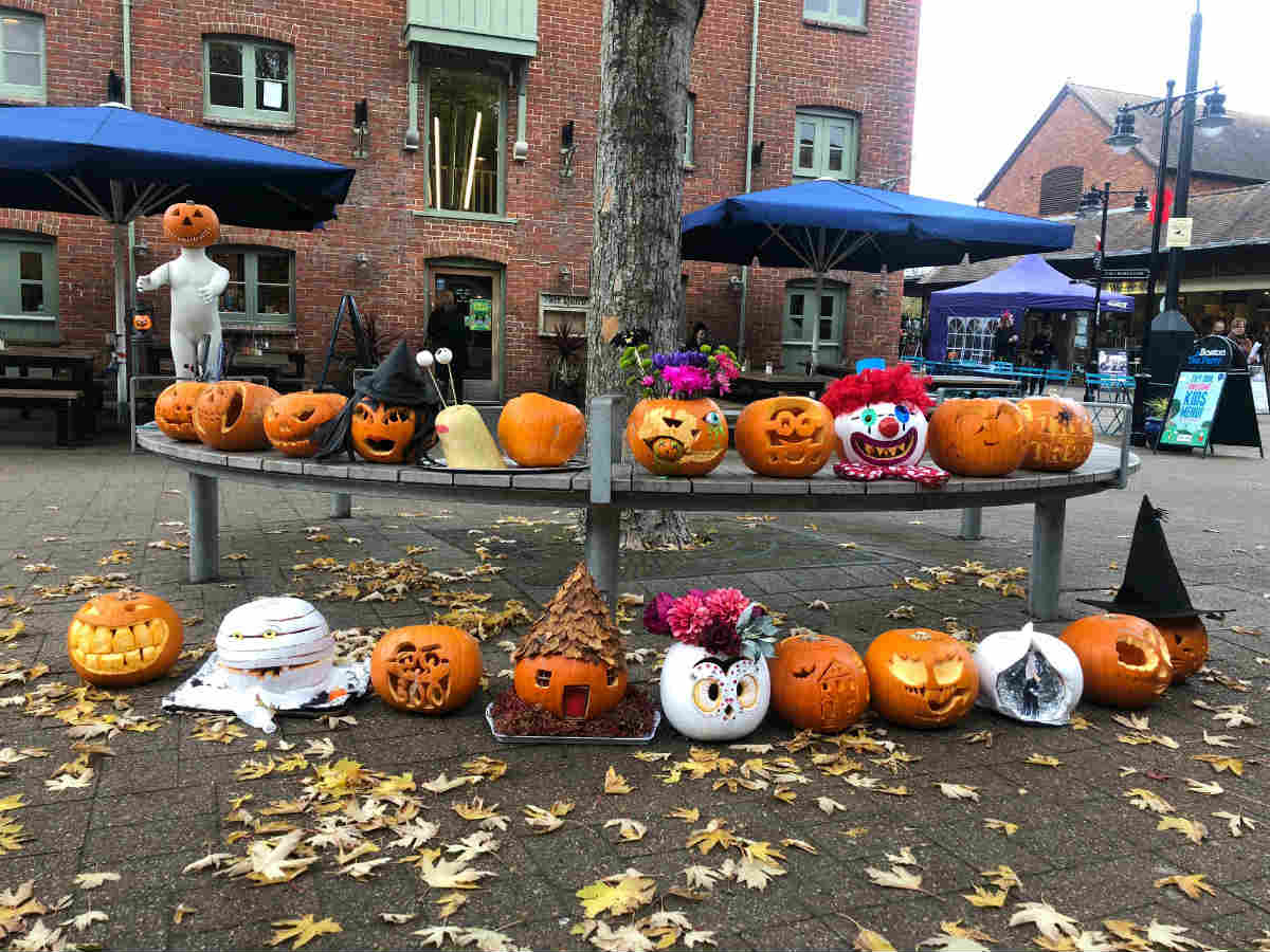 The Furlong shopping centre hosts pumpkin carving competition