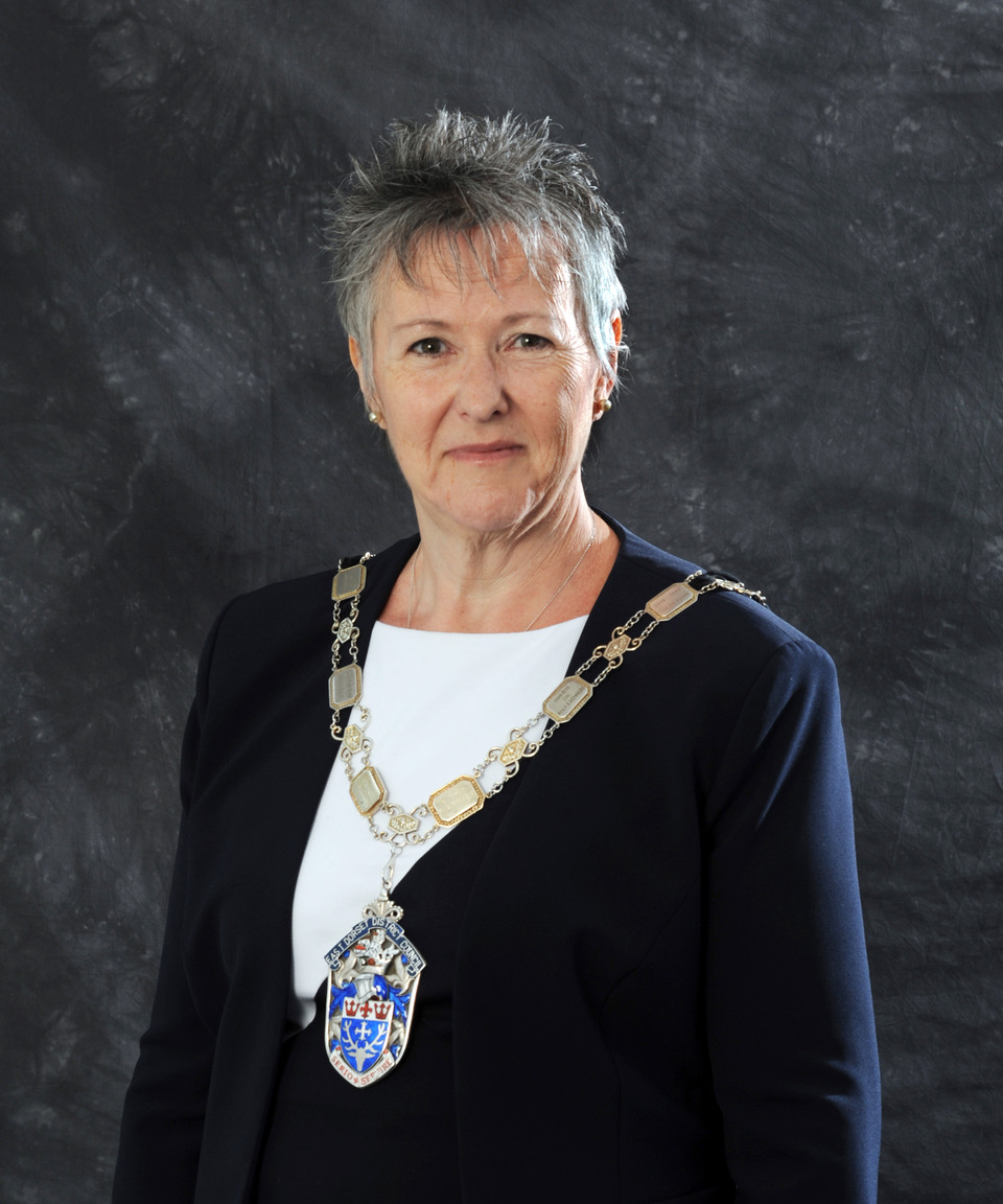 Cllr Toni Coombs Official Photo 2018