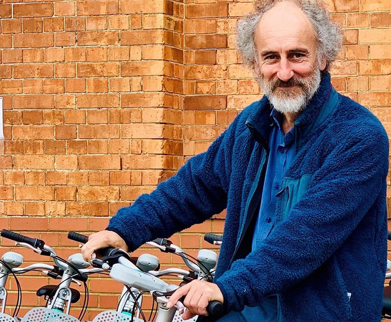 Cllr Andy Hadley promoting the Beryl Bike scheme summer 2019