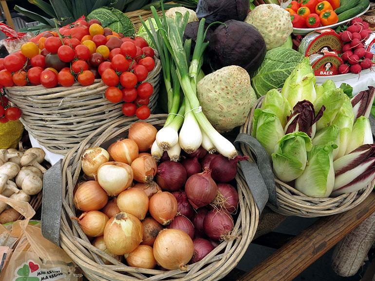 Farm-Shop-vegetables
