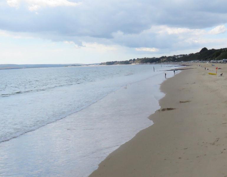 Bournemouth beach area near the Oceanarium (stock image © CatchBox)