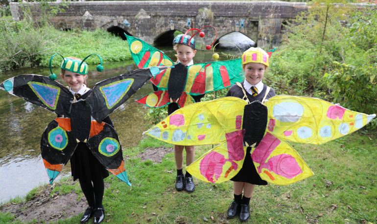 Year 6 children from Allenbourn Middle School in Wimborne spent an afternoon at Walford Mill to mark the end of a month-long art and music project