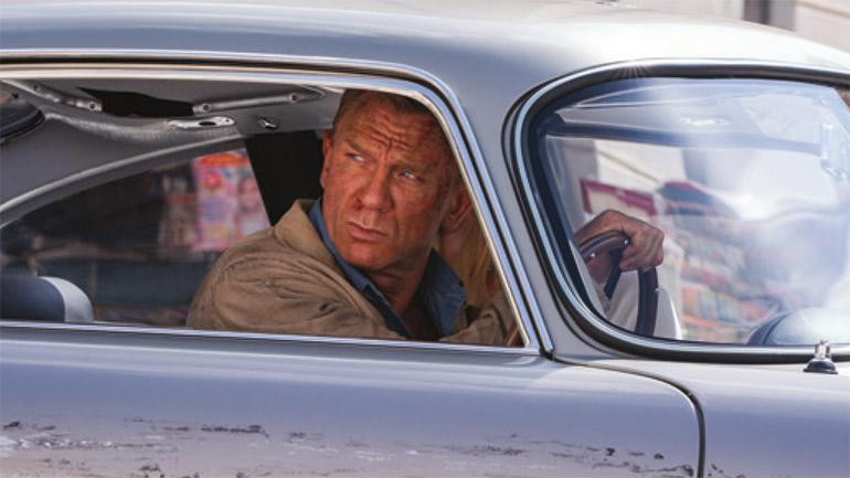 Daneil-Craig-as-James-Bond